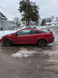2010 Pontiac G5   145 000km