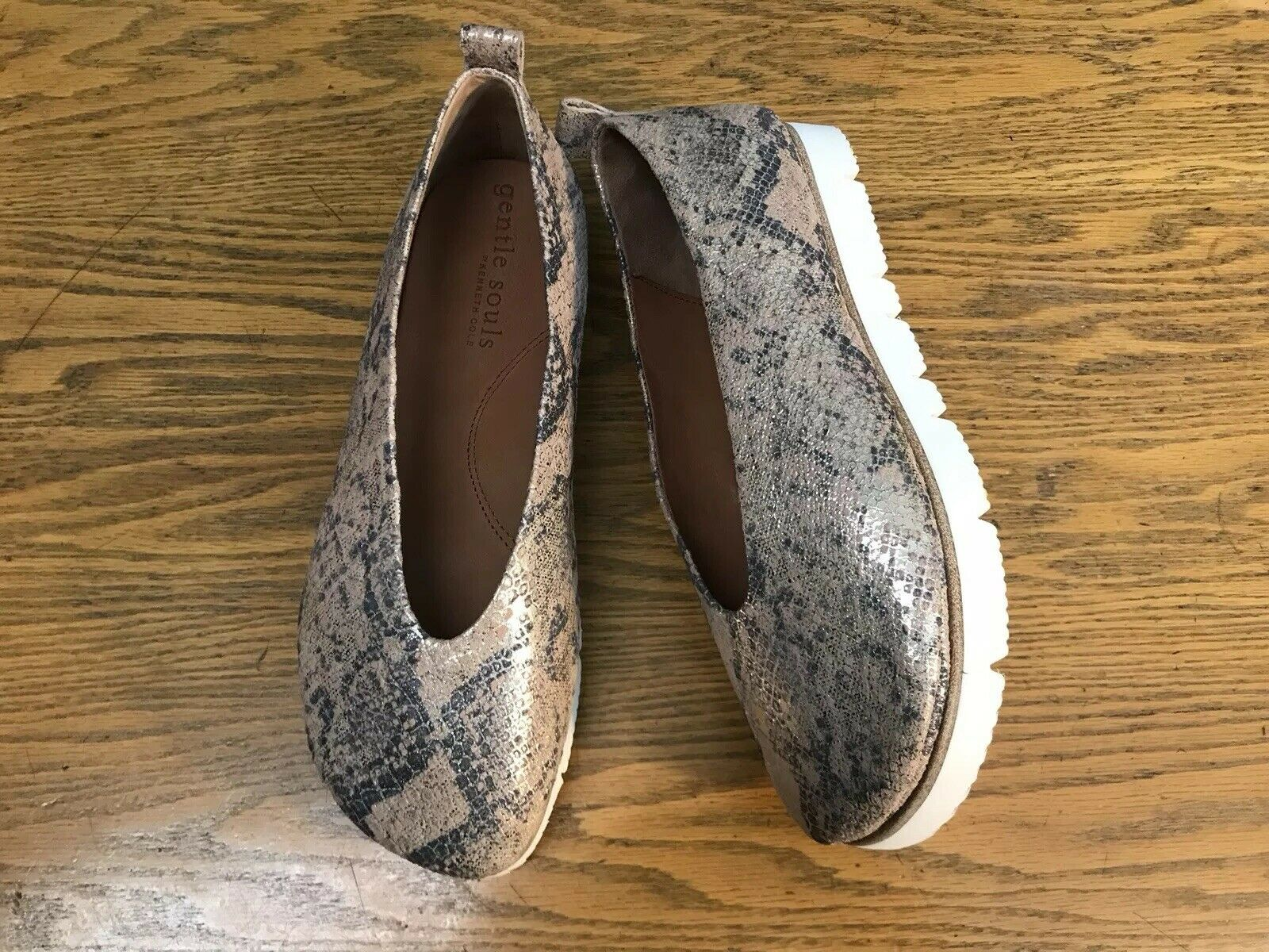 GENTLE SOULS DEMI SNAKE PRINT PLATFORM WOMENS LEATHER SHOES NEW SIZE 8.5