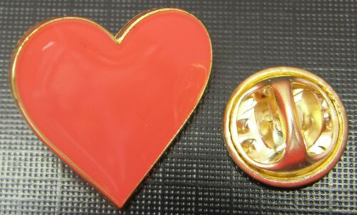 Red Love Heart Lapel Hat Cap Tie Pin Badge Loveheart Valentine Day Gift Brooch