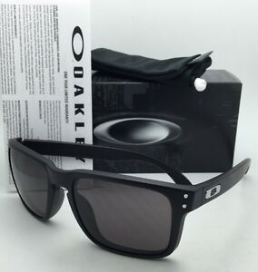 65209f96c4 Image is loading Rare-Authentic-Oakley-Sunglasses-HOLBROOK-OO9102-01-Matte-