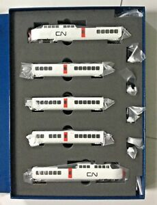 RAPIDO-1-160-N-SCALE-CANADIAN-NATIONAL-TURBO-TRAIN-5-CAR-SET-DC-DCC-SOUND-520505