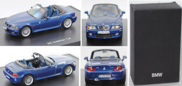 Minichamps 80429411714 BMW Z3 roadster 1.8, (E36/7) topasblau met. 1:43