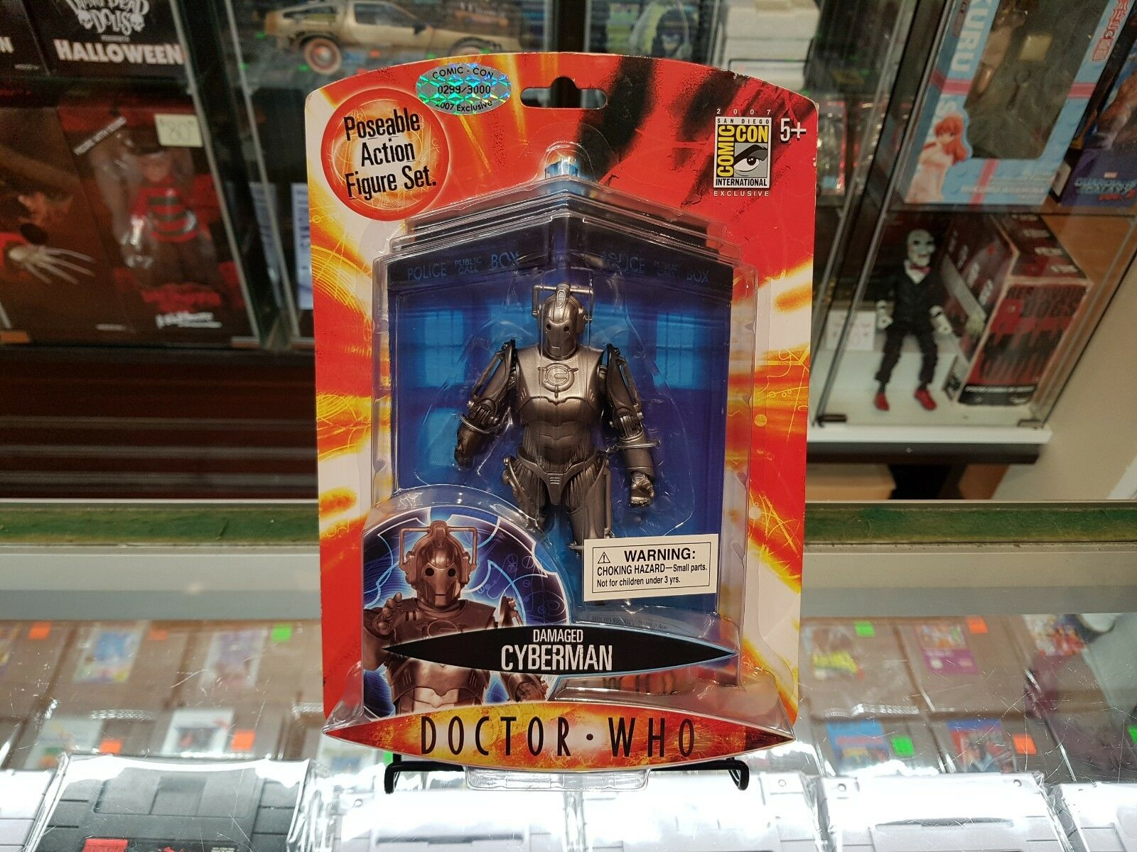 BBC - Doctor Who Damaged Cyberman 5  Figure 2007 Comic Con Exclusive - SEALED