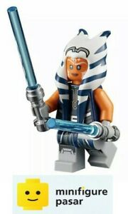 sw1096-Lego-Star-Wars-75283-Ahsoka-Tano-Adult-Minifigure-w-Lightsabers-New