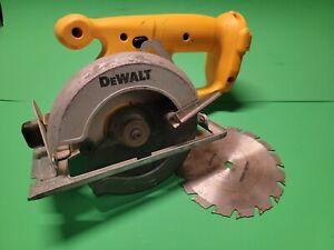 """DW935 DeWalt 5-3/8"""" Trim Saw BARE TOOL ONLY"""