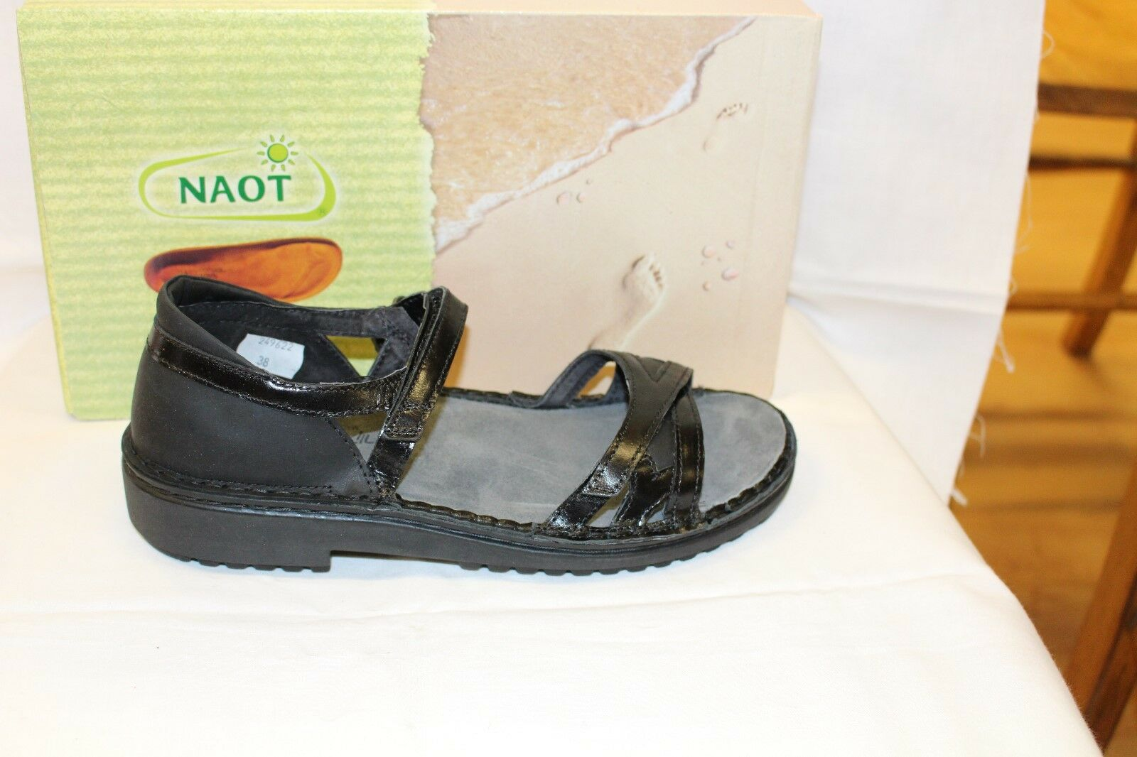 LADIES SHOES/FOOTWEAR - Naot Tatiana sandal coal black