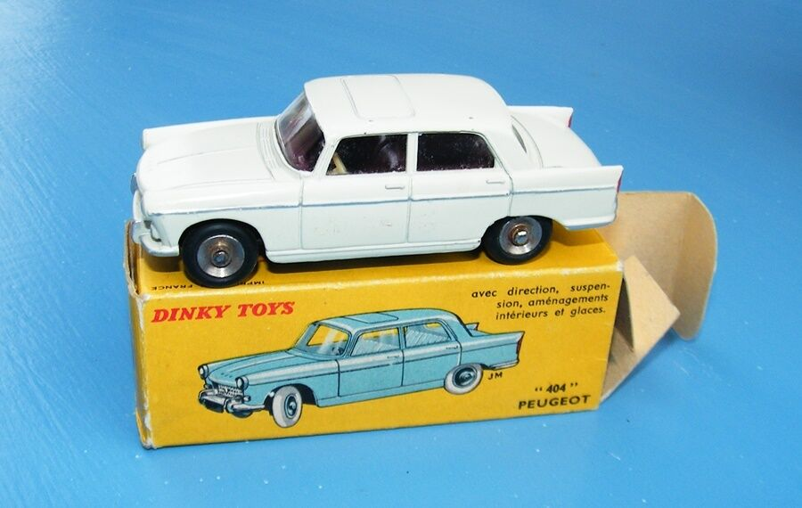 French Dinky 553 553 Peugeot 404 Original boxed EX+