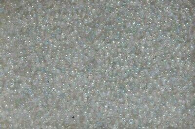 SACHET DE 20g ENVIRON 1200 PERLES DE MINI ROCAILLE VERRE DORE TRANSLUCIDE 2mm