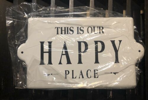 CREATIVE CO-OP Enameled Wall Plaque 'THIS IS OUR HAPPY PLACE' White /& Black