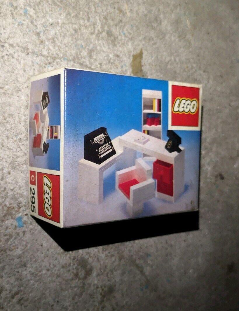 Vintage Lego - Secretary's Desk C 295 - 1974   parfait