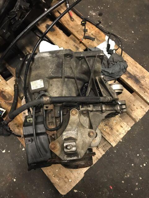 Getriebe Schaltgetriebe 5-Gang Ford Fiesta 1,4 TDCi 50 KW 68 PS 2N1R-7002-EB