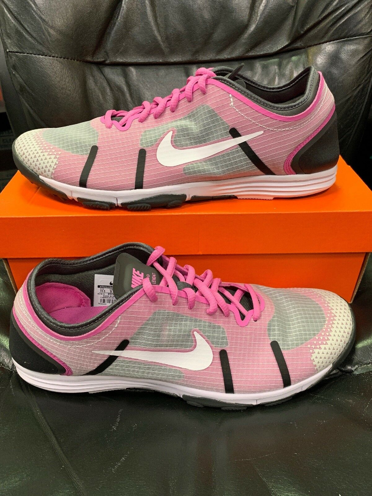 New In Box Womens Nike Lunarelement Size 11.5 Style 614743 003