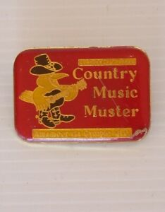 VINTAGE-COMMONWEALTH-BANK-COUNTRY-MUSIC-MUSTER-AMAMOOR-GYMPIE-LAPEL-BROOCH-PIN
