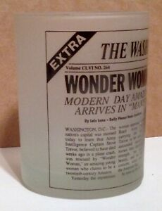 Wonder Woman Modern Day Amazon Frosted Glass Tumbler WBSS ©1993