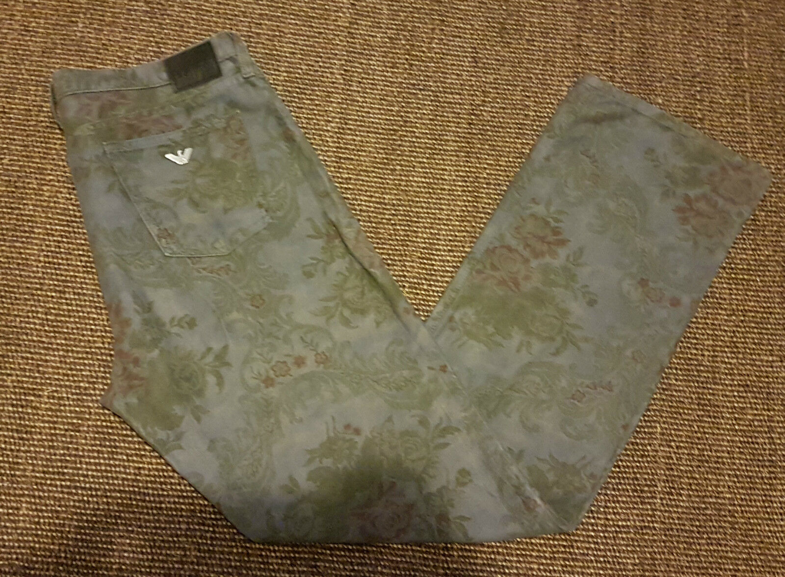 Very rare ARMANI JEANS Man's Floral Jeans Size  W 33 L 32 VERY GOOD Condition )