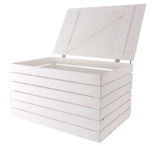 1x Weiße Truhe aus Holz mit Deckel nicht nur praktisch zum Aufbewahren