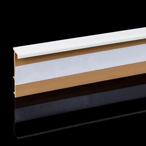 plinthe pour tapis pvc blanc 2 5m accessoires angle bord. Black Bedroom Furniture Sets. Home Design Ideas