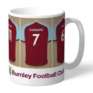 Burnley F.c - Personalised Ceramic Mug (dressing Room) Nous Prenons Les Clients Comme Nos Dieux