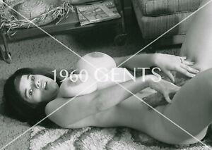 1960s NUDE 8X10 PHOTO OF BUSTY SUZANNE PRITCHARD ORIGINAL NEG-SP12