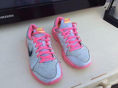 Nike Flex Experience entrenadores, Uk Size 4, 36.5 euros