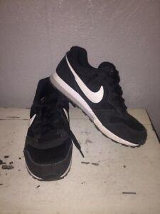 Baskets-Nike-P38