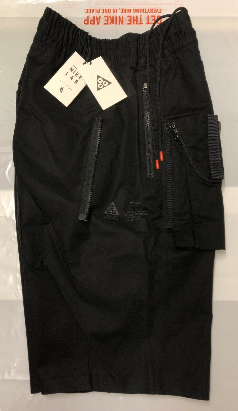 NIKE NIKELAB ACG MENS CARGO SHORTS BRAND NEW WITH TAGS XL