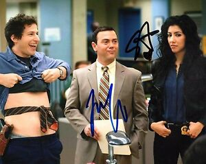 Brooklyn-Nine-Nine-STEPHANIE-BEATRIZ-amp-TRUGLIO-Signed-8x10-Photo-AD1-COA