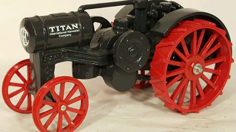 Ertl ih Titan 10-20 1/16 diecast coleccionables réplica de tractor de granja
