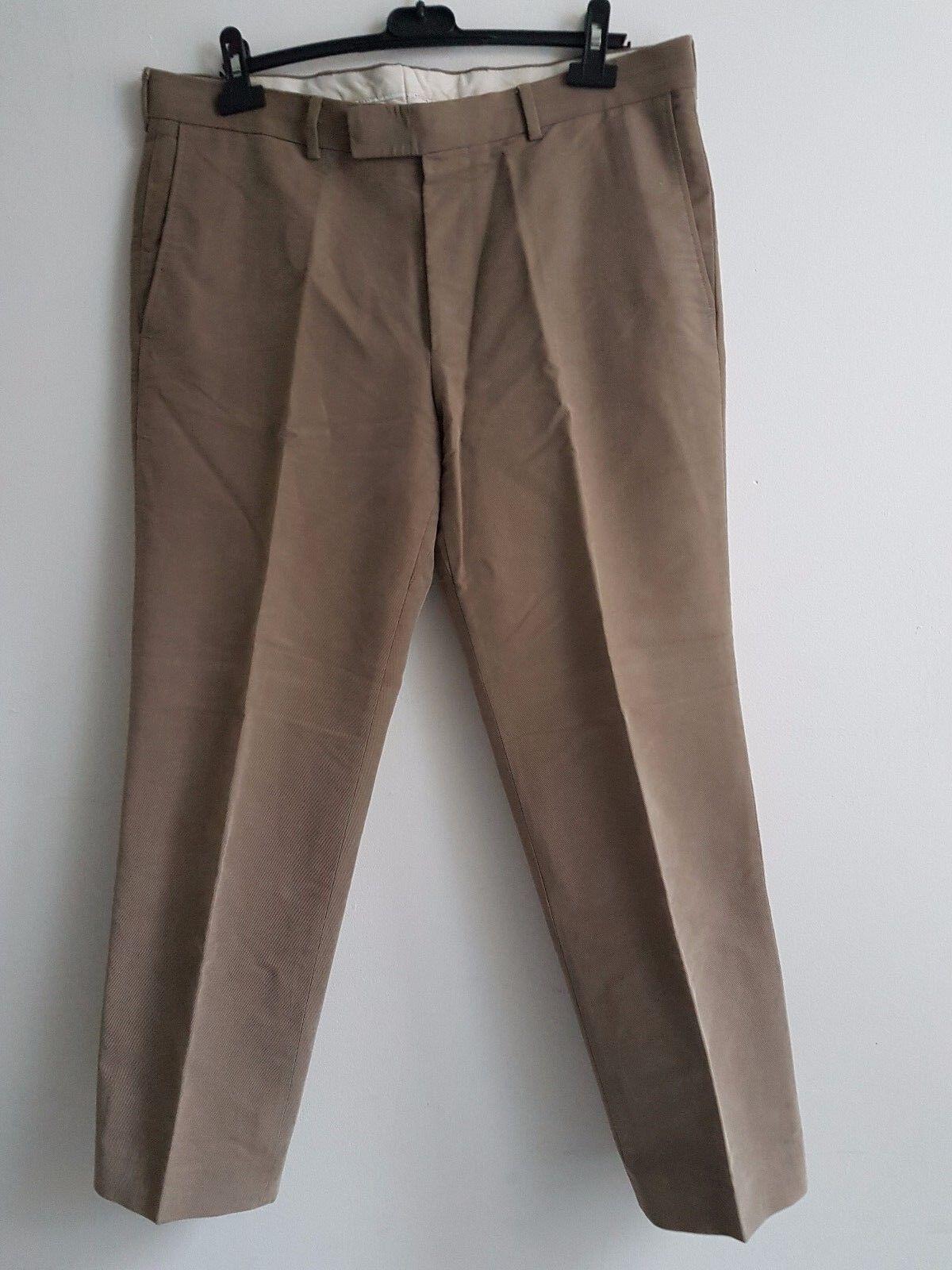 Hugo Boss Men's Parker- Chino Beige Trousers -Größe 52  L30 Smart Great condition