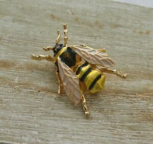 Vintage-Style-Realistic-Bumble-Bee-Insect-Enamel-Badge-Lapel-Pin-Stick-Brooch