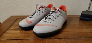 size 40 9b7eb 17749 Details about NEW Indoor shoes Nike Mercurial Vapor 12 Club IC M AH7385-060  Men size 8