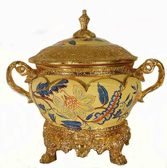 Ceramic & resin pedestal lid handle bowl   Gift   Home decorative