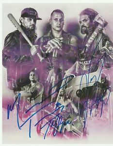 The-Kingdom-Matt-Taven-TK-O-039-Ryan-and-Vinny-Marseglia-Autograph-8x10-Photo