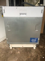 Indesit Dif04b1 Integrated Full Size Dishwasher Rrp £259 Transit Marks