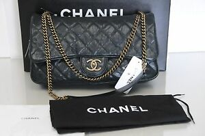 dfdd358458e4af New CHANEL Classic Medium Flap Shiva Green Quilted Grained Caviar ...