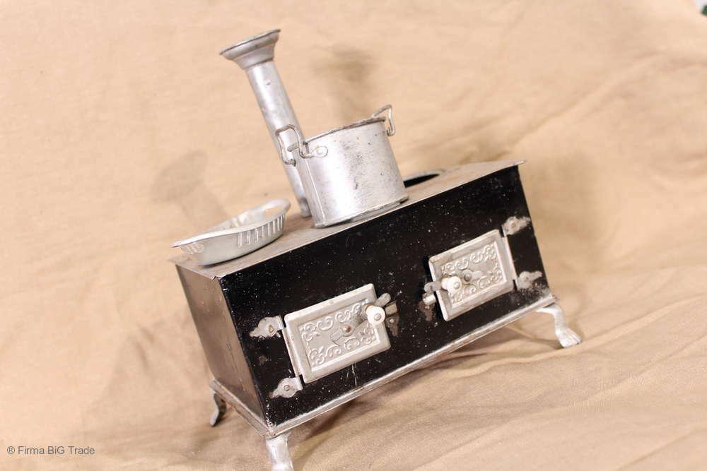 Schöner antiker Spielzeugherd   Blech Spielzeug Küchenherd Rauchabzugsrohr