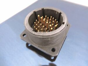 MS17346R32C7PX-Amphenol-Box-Mount-connector