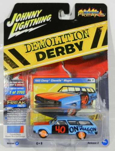 2018 Johnny Lightning STREET FREAKS 3A Blue 1965 CHEVELLE WAGON DEMO DERBY NIP