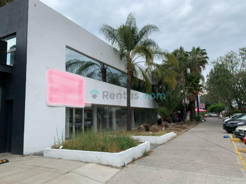 Excelente Local en Renta ZONA FINANCIERA Glorieta Colon