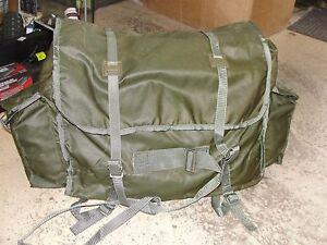Sac-a-dos-musette-en-nylon-Armee-de-l-039-Air-kaki-vert-Armee