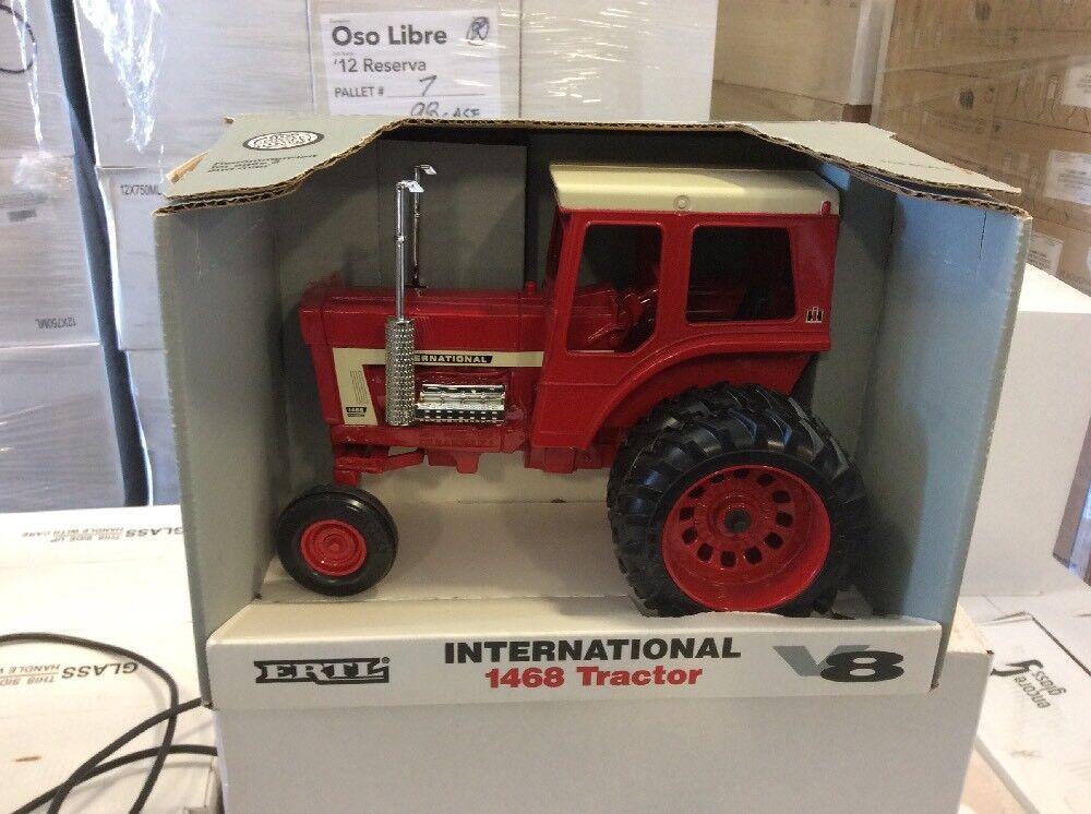 1  16 International 1468 V-8 avec DUALS nouveau in Box Avec rouge Cab livraison gratuite  les derniers modèles