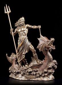Poseidon-personnage-approcha-sur-monstre-marin-veronese-statue-de-Neptune-DIEU-MER