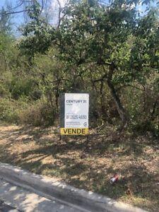 Terreno en Valle Alto a lado del club de golf.