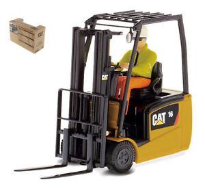 Cat Ep16 (c) Pny Lift Truck Modèle 1:25 Maîtres Sous Pression