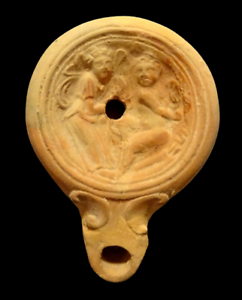 LAMPE A HUILE ROMAINE A DECOR DE DEUX EROS  - 100 BC - ROMAN OIL LAMP WITH EROS