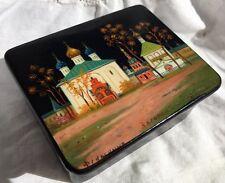 Russian 1950s Lacquer Snuff Box Paper Mache Zagorsk Fedoskino