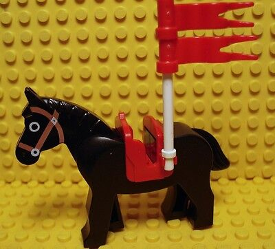 Lego New Old Version Black Horse With Saddle,Unicorn Helmet And Dark Green Flags