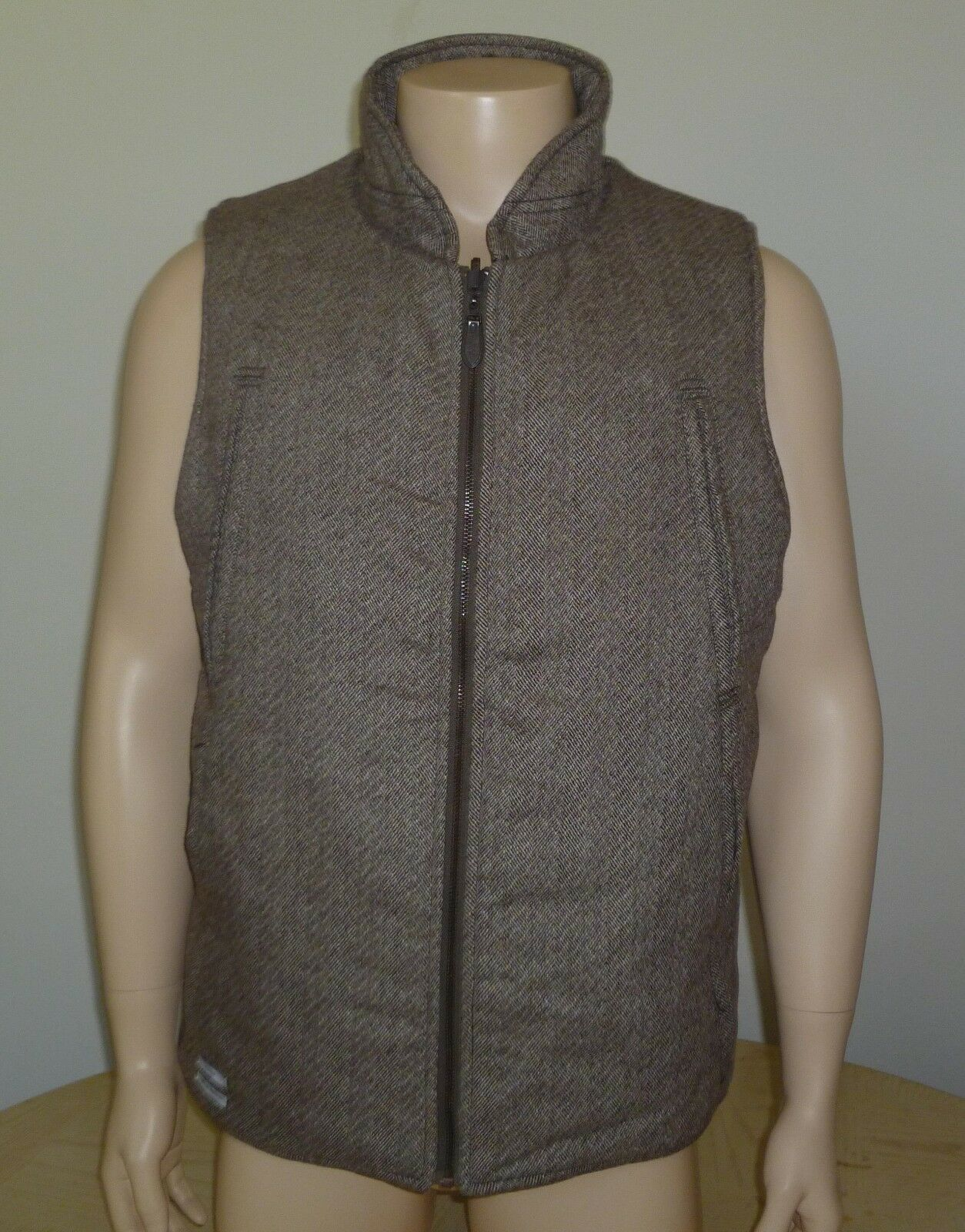 Publish Wool Blend Insulated Vest NWT Brown Medium
