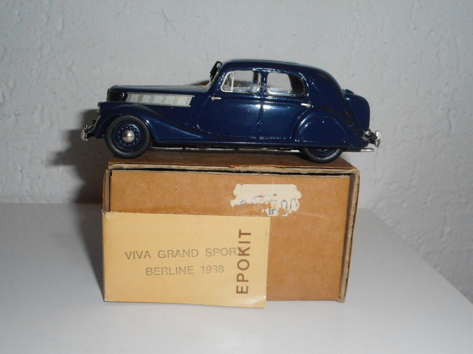 BELLE EPOQUE  RENAULT VIVA GRAND SPORT  berline 1 43 résine vintage