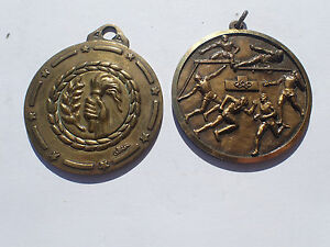 Medal Set 2 Medals Sporting SPORTS Olympic Flame (2355J)